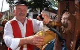 Feiern babbeln und trinken - Ebbelwoifest Brunnenwirt