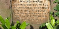 Historischer Rundgang Friedhof - Thon Grabplatte
