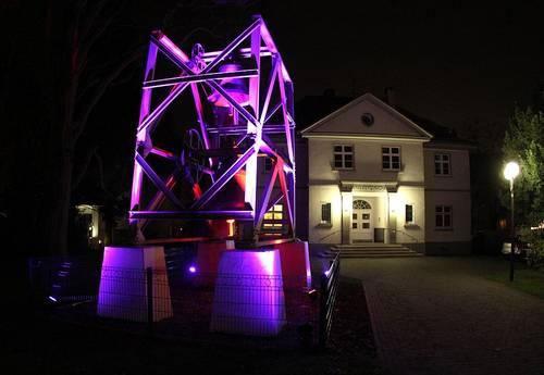 Beleuchtungaktion Glocken Petrus-Gemeindehaus