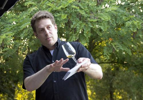 Michael Schmidt beim Whisky-Tasting am Mount Pitthahn