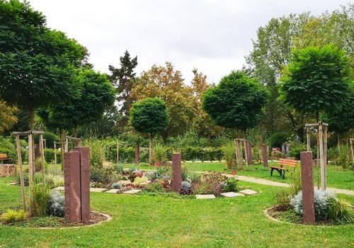 Akazienhain Friedhof