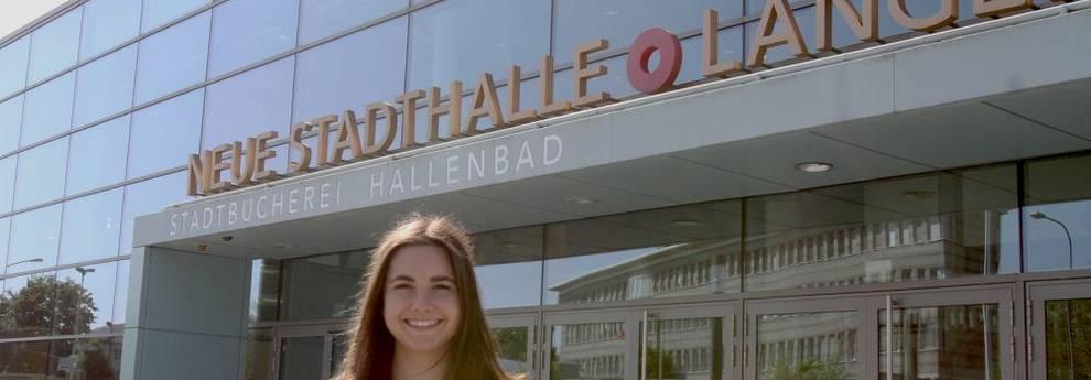 Fundierte Einblicke in den Kulturbetrieb - Felicitas Schlatter