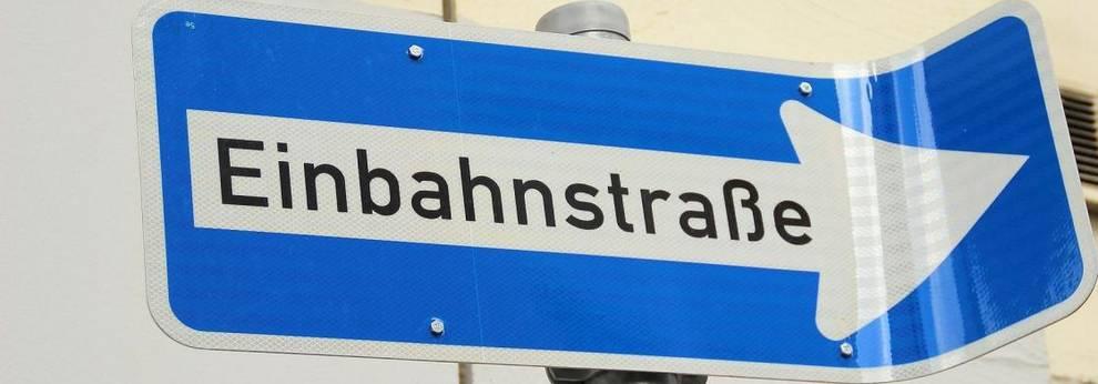 Pixabay - Schild Einbahnstraße